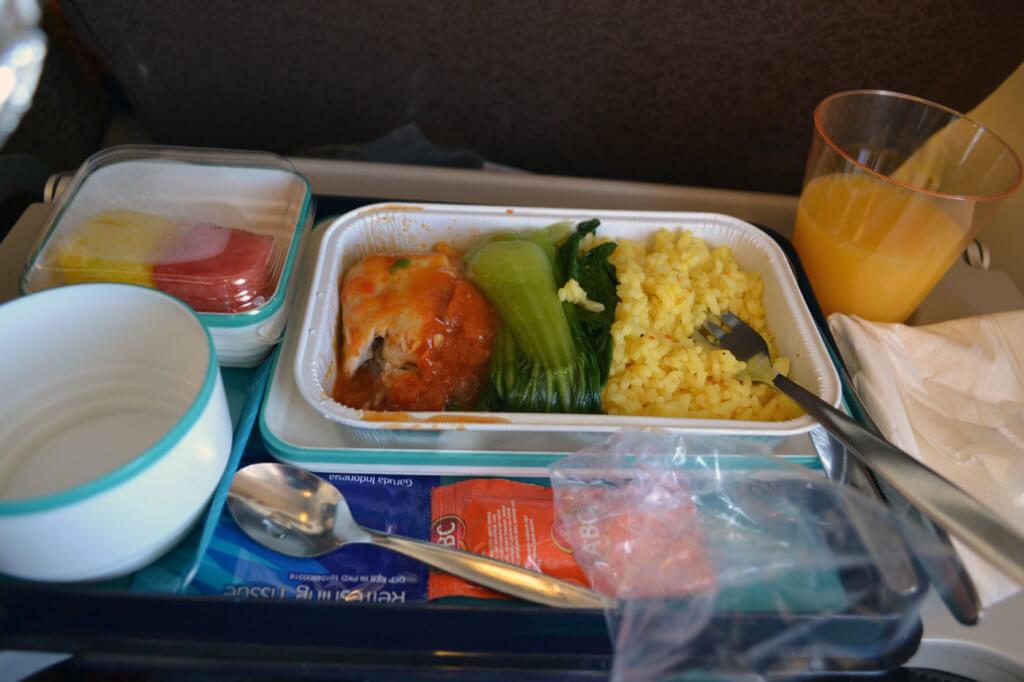 Garuda Indonesia Economy meal on Bali Denpasar - Jakarta Flight - Absolutely delicious!